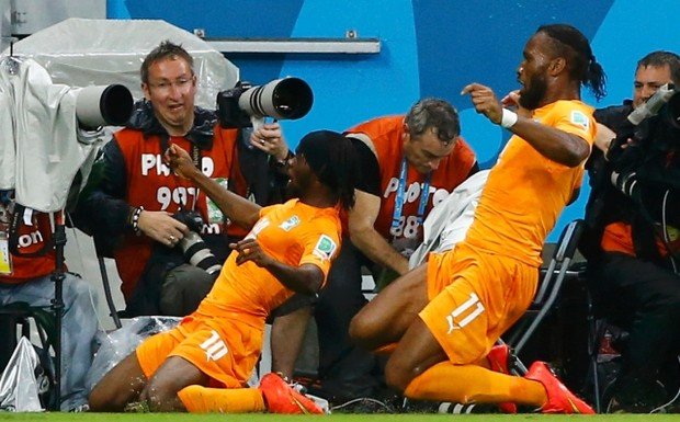 Ivory+Coast's+Gervinho+(L)+and+Didier+Drogba+celebrate+a+goal+by+teammate+Wilfried+Bony+against+Japan+during+their+2014+World+Cup+Group+C+soccer+match+at+the+Pernambuco+arena+in+Recife