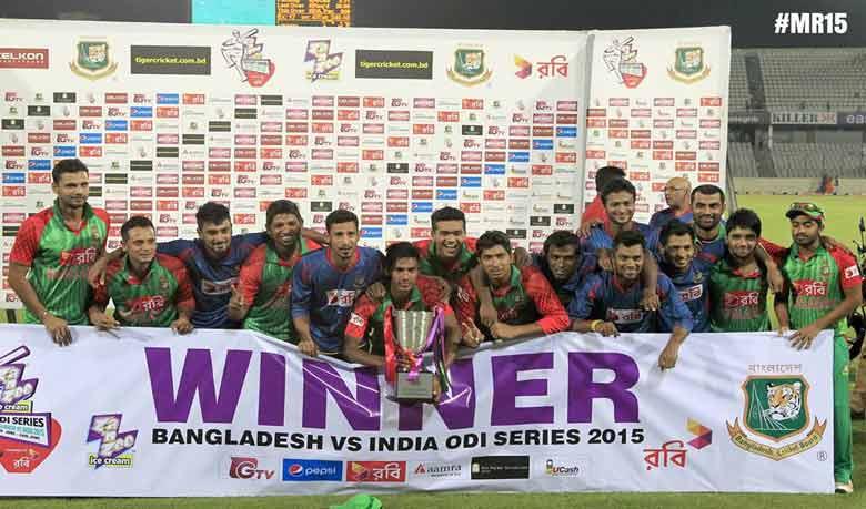 cricket1435178261